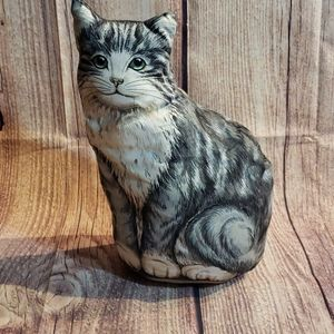 A Cat decor piece